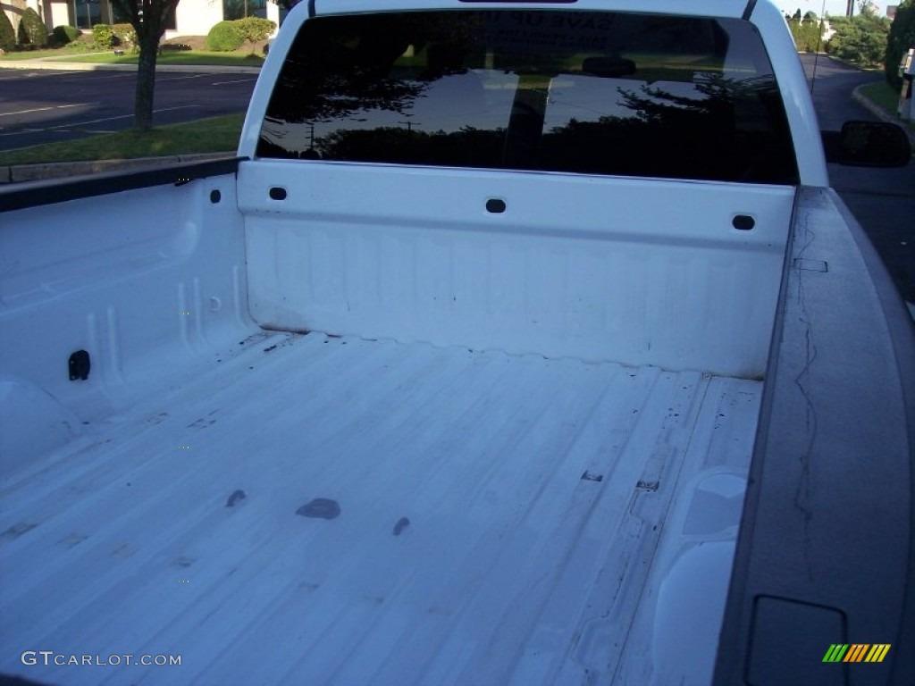 2003 Silverado 3500 LT Extended Cab 4x4 Dually - Summit White / Dark Charcoal photo #25