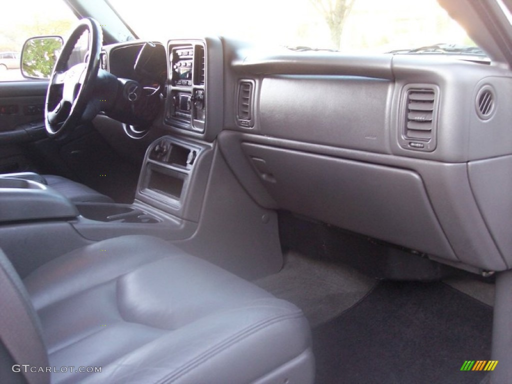 2003 Silverado 3500 LT Extended Cab 4x4 Dually - Summit White / Dark Charcoal photo #39