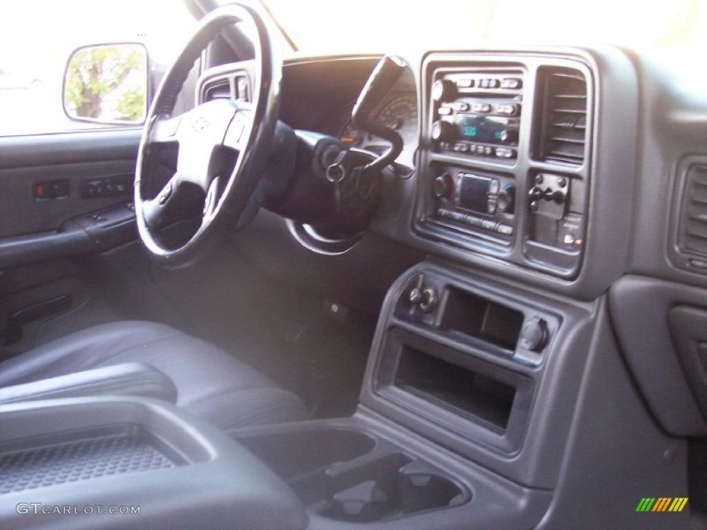 2003 Silverado 3500 LT Extended Cab 4x4 Dually - Summit White / Dark Charcoal photo #43