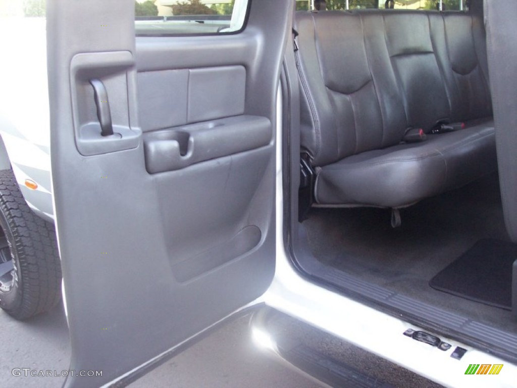 2003 Silverado 3500 LT Extended Cab 4x4 Dually - Summit White / Dark Charcoal photo #45
