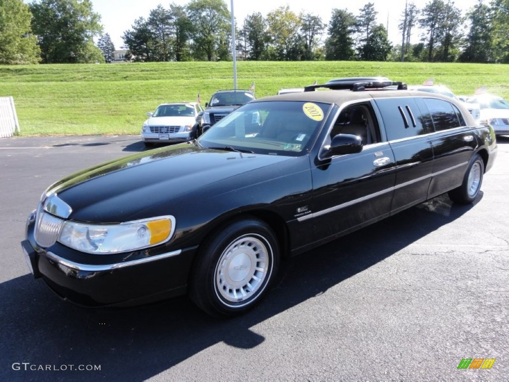 black clearcoat 2001 lincoln town car executive limousine. Black Bedroom Furniture Sets. Home Design Ideas