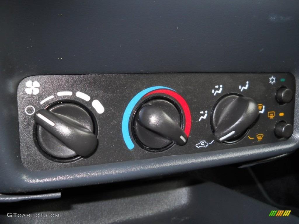 2003 Chevrolet Cavalier LS Sport Coupe Controls Photo #55012497