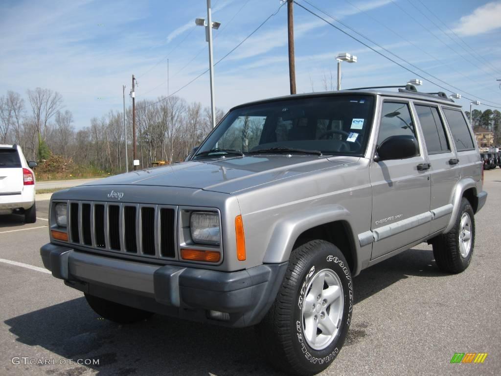 Silverstone Metallic Jeep Cherokee. Jeep Cherokee Sport