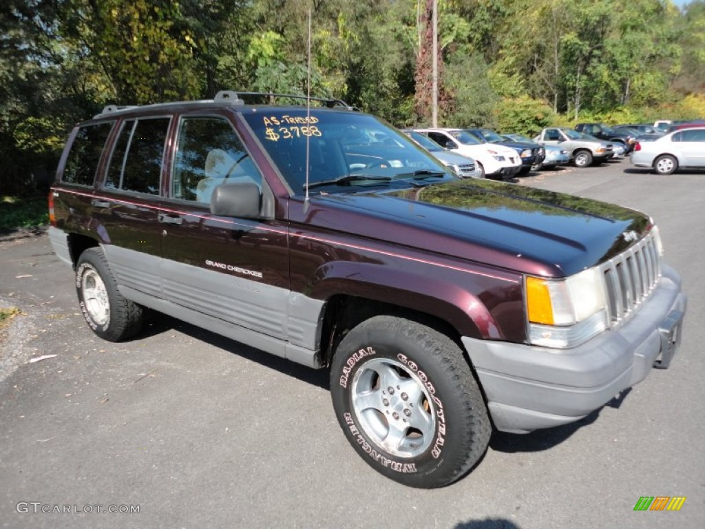 Dark Rosewood Pearl Jeep Grand Cherokee