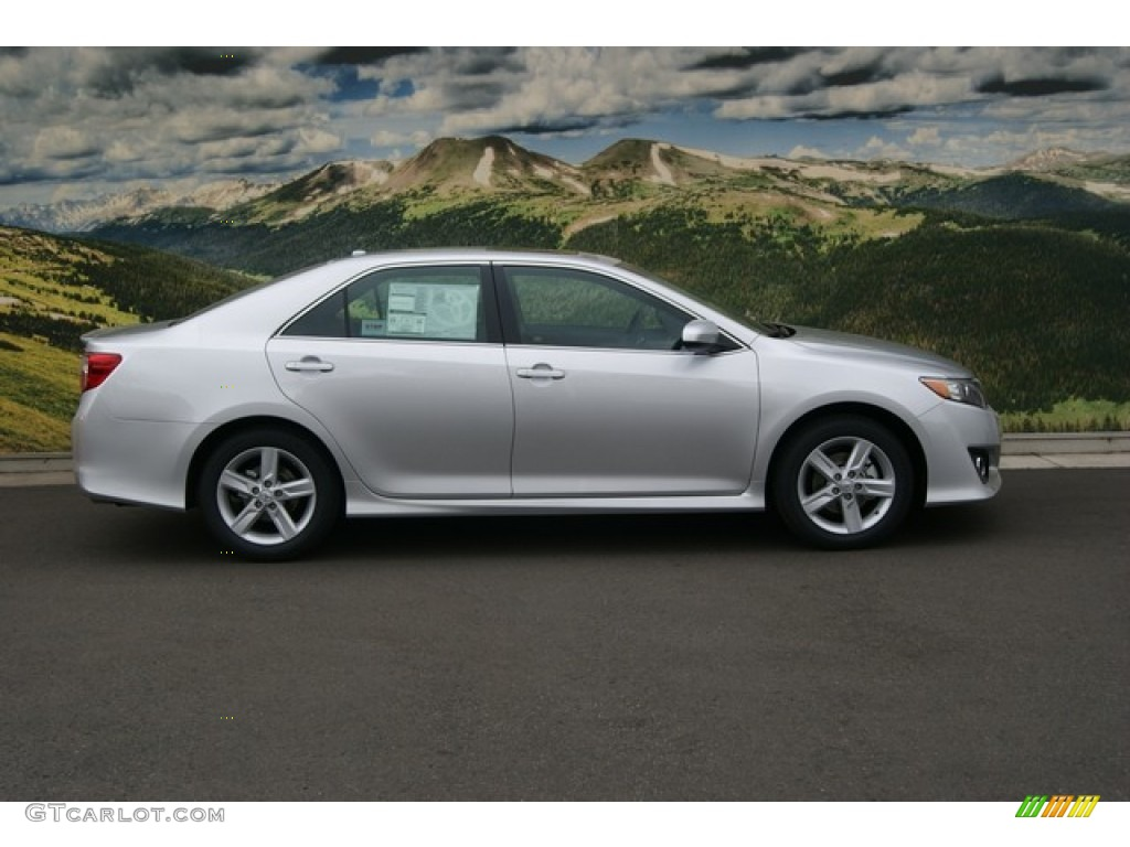 classic silver metallic 2012 toyota camry se exterior photo 55099345. Black Bedroom Furniture Sets. Home Design Ideas