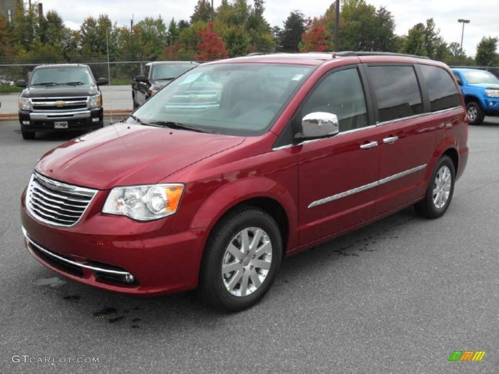 deep cherry red crystal pearl 2012 chrysler town country. Black Bedroom Furniture Sets. Home Design Ideas