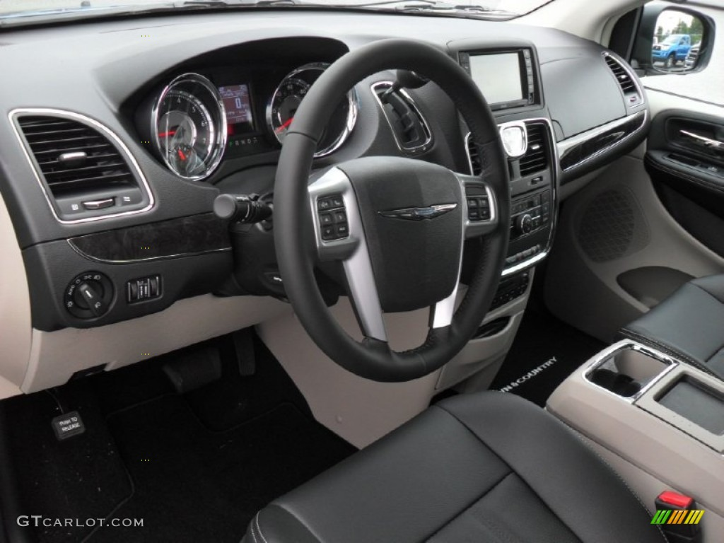 Black light graystone interior 2012 chrysler town - 2001 chrysler town and country interior ...