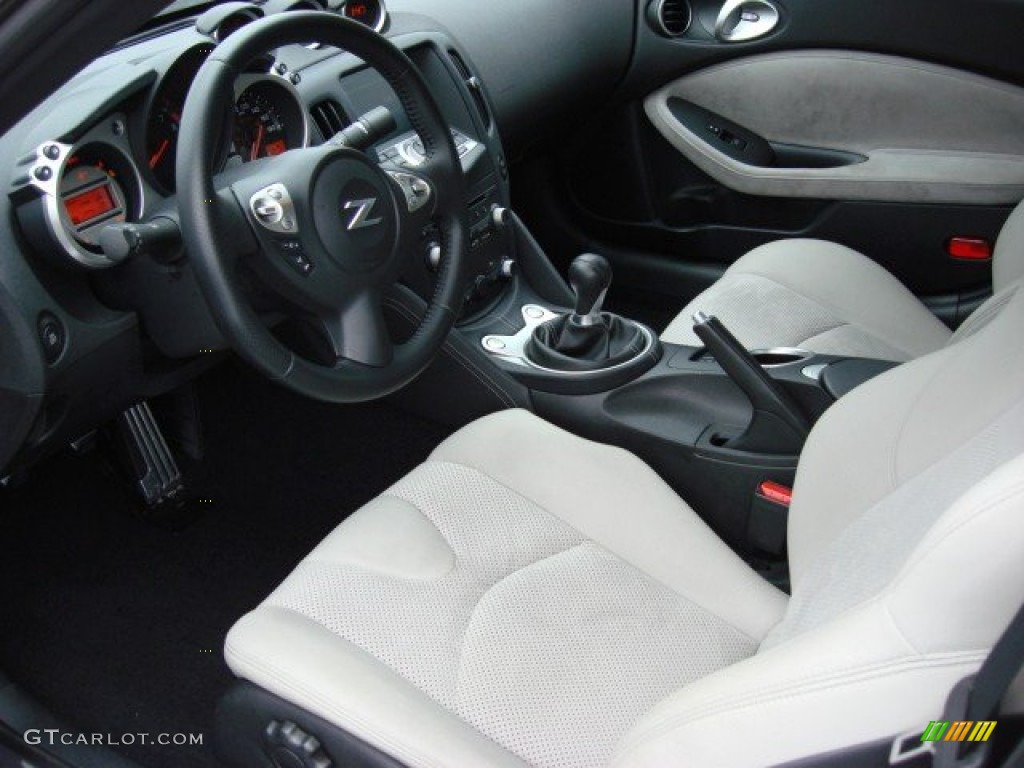 Gray Leather Interior 2010 Nissan 370z Touring Coupe Photo