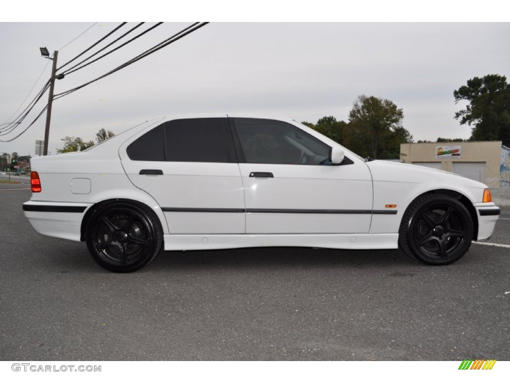 alpine white 1997 bmw 3 series 318i sedan exterior photo 55269439. Black Bedroom Furniture Sets. Home Design Ideas