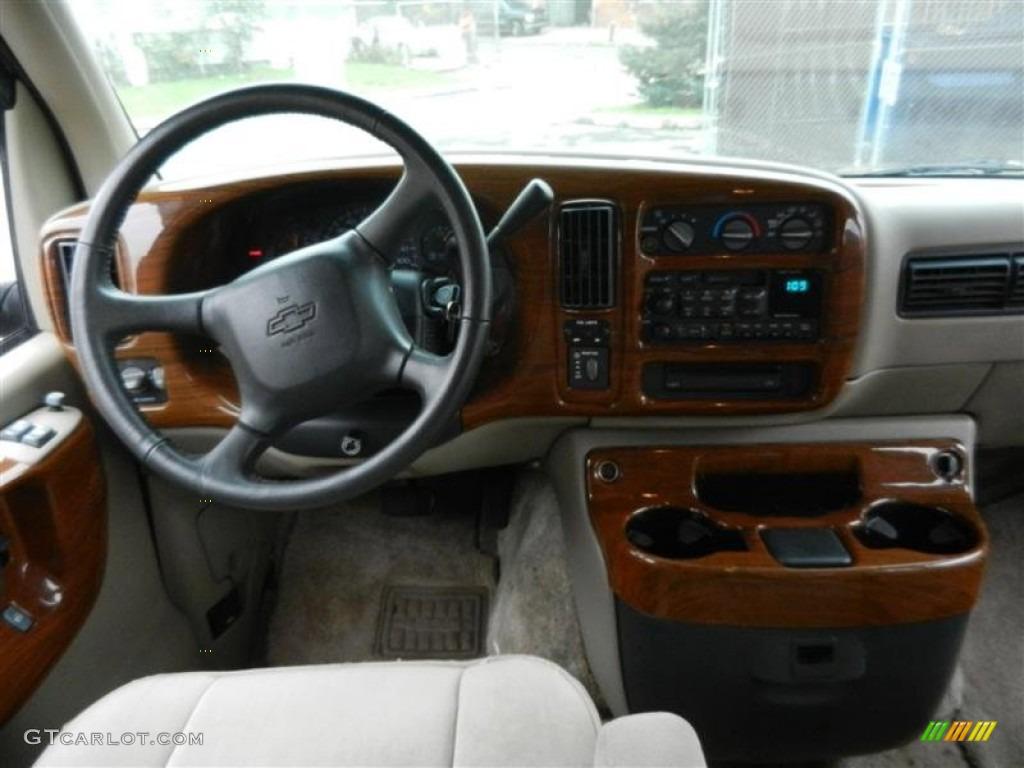 Custom Cutaway Van >> 2000 Chevrolet Express G1500 Passenger Conversion Van Dashboard Photos | GTCarLot.com