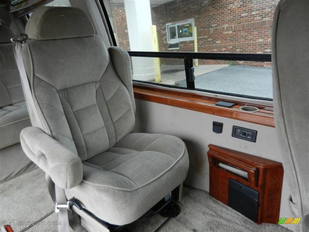 2000 Chevrolet Express G1500 Passenger Conversion Van Interior Photo 55305876