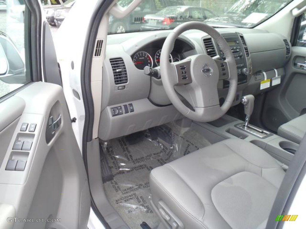 Steel Interior 2012 Nissan Frontier Sl Crew Cab Photo 55321690