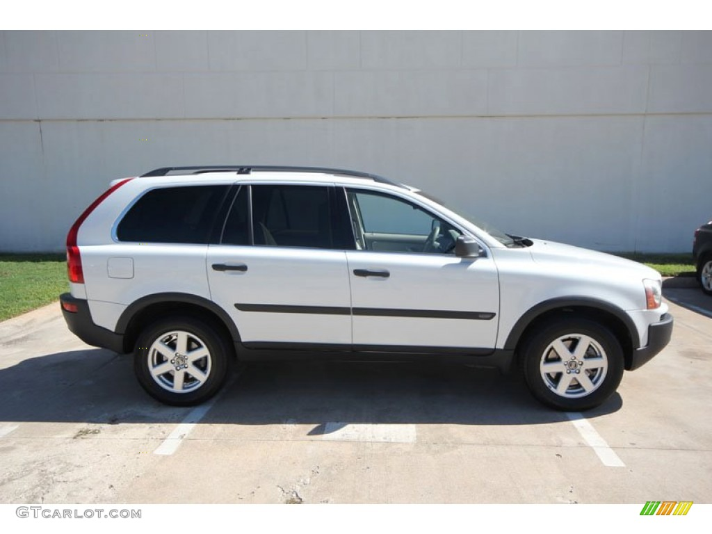 Ice White 2005 Volvo Xc90 2 5t Exterior Photo 55332834