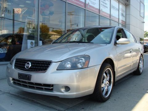 2005 nissan altima 2 5 s data info and specs. Black Bedroom Furniture Sets. Home Design Ideas