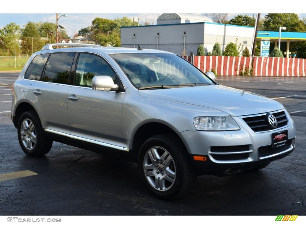2004 reflex silver metallic volkswagen touareg v8 55332527 car color galleries. Black Bedroom Furniture Sets. Home Design Ideas