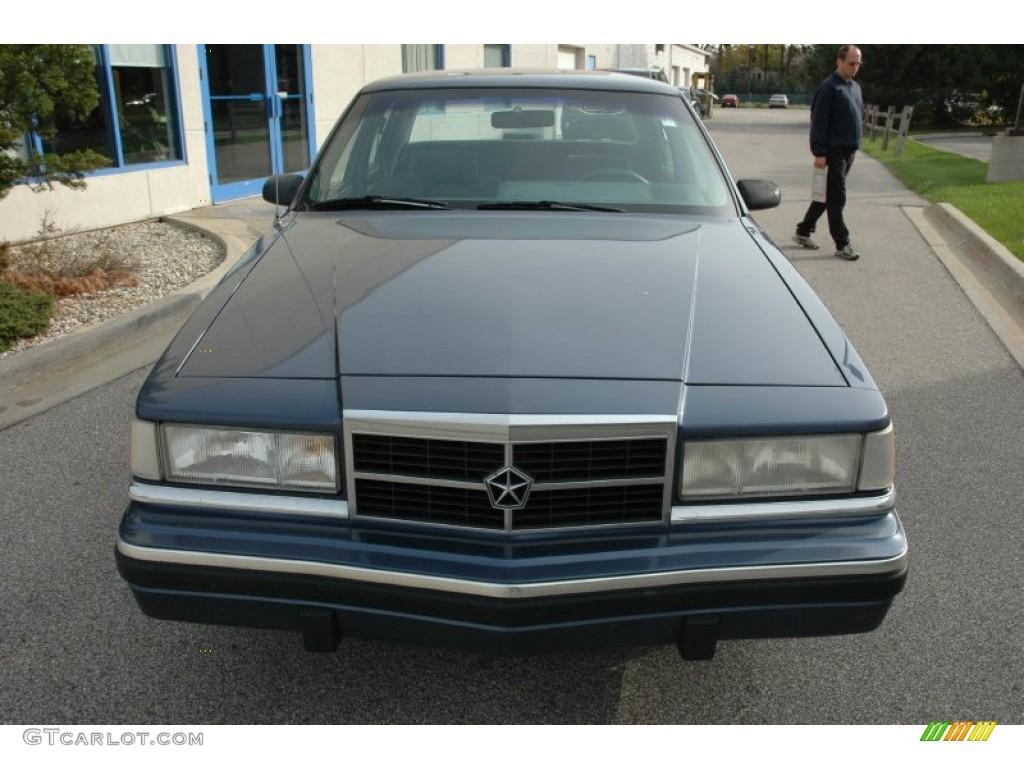 Blue metallic 1989 dodge dynasty i4 exterior photo 55423790