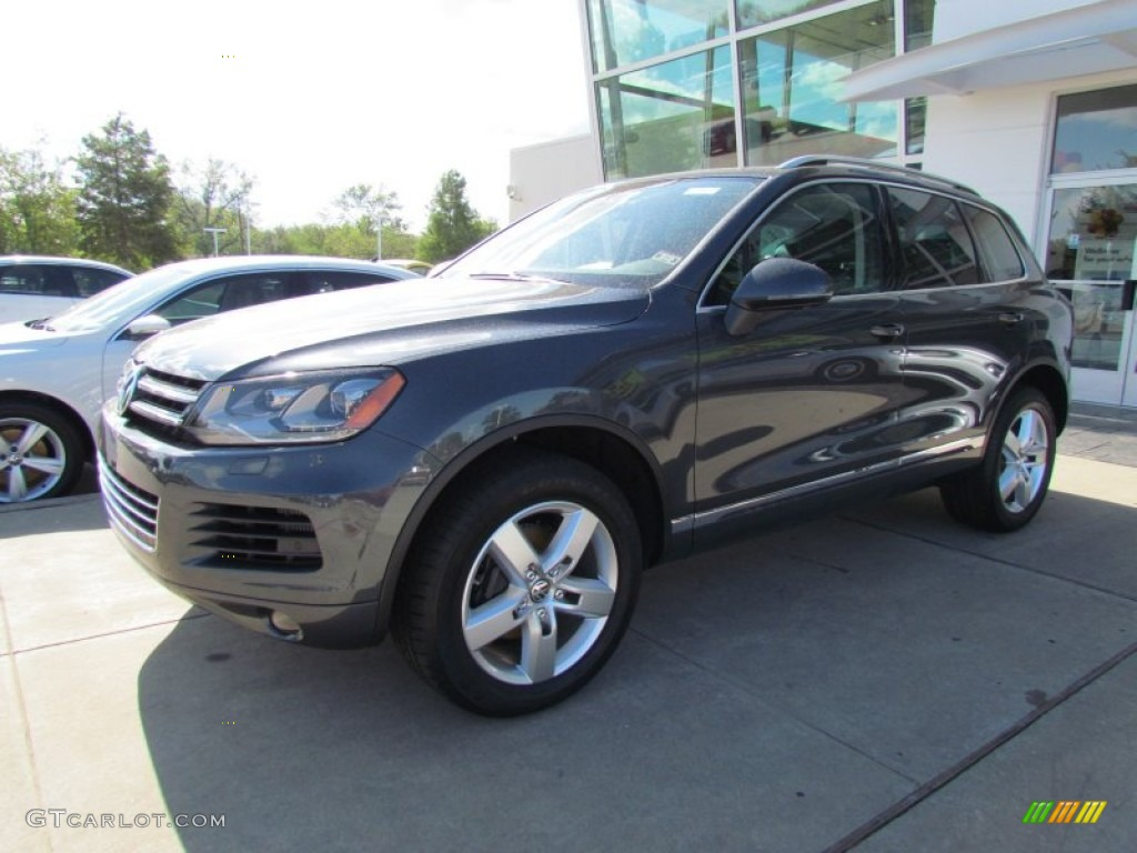 2012 Dark Flint Metallic Volkswagen Touareg Tdi Lux 4xmotion 55450476 Gtcarlot Com Car Color Galleries