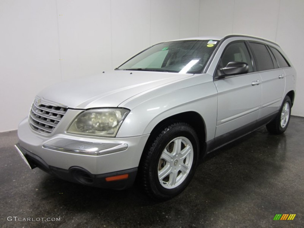 Bright Silver Metallic 2004 Chrysler Pacifica Standard Pacifica Model Exterior Photo 55460188