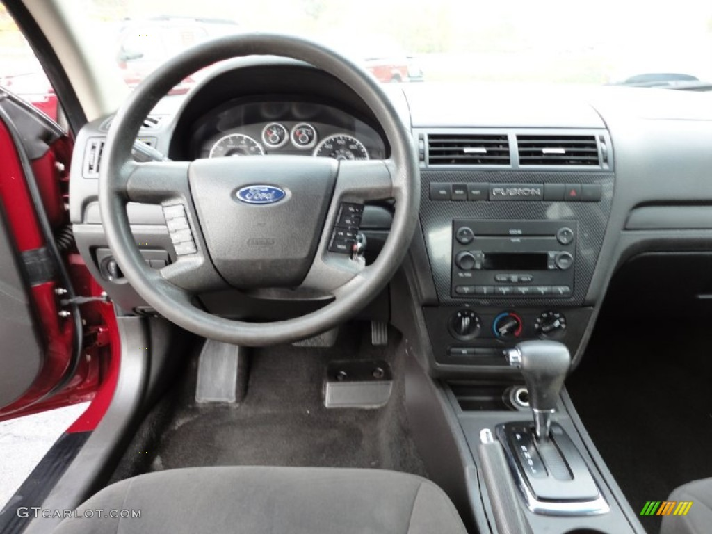 2006 Ford Fusion SE V6 Charcoal Black Dashboard Photo #55478190 ...