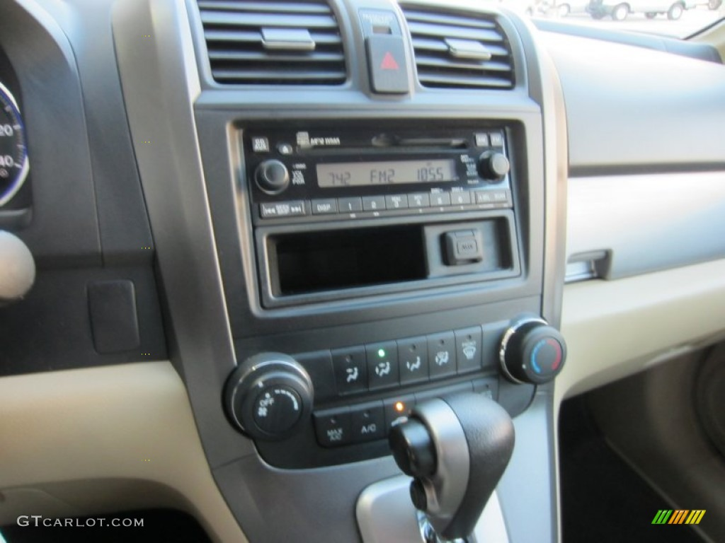 2010 CR-V LX AWD - Opal Sage Metallic / Ivory photo #26