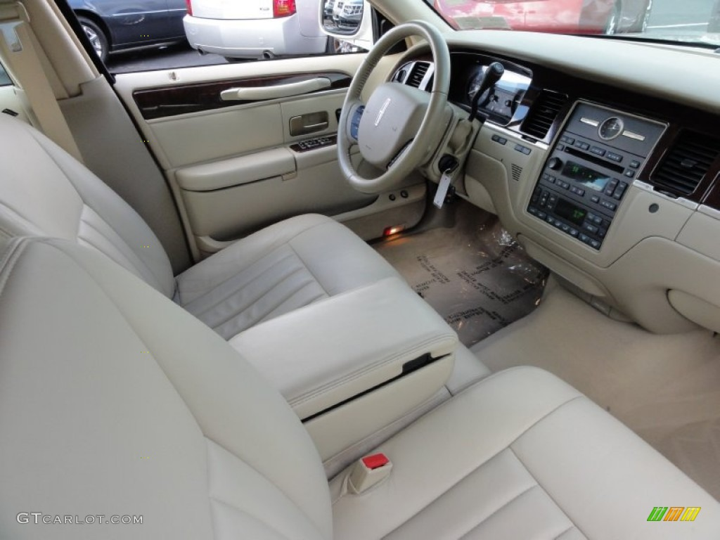 2006 Lincoln Town Car Signature Interior Photo 55565183
