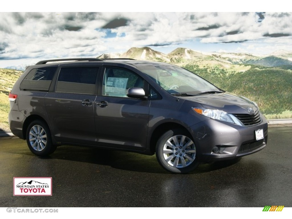 2012 Sienna LE AWD - Predawn Gray Mica / Light Gray photo #1