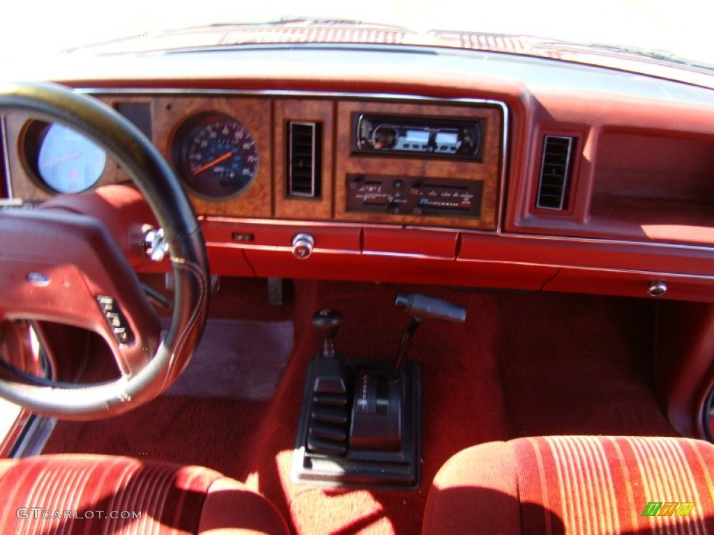1986 ford bronco ii xlt 4x4 red dashboard photo 55605544 Full Size Bronco Interior 1980 ford bronco de venta en mexico