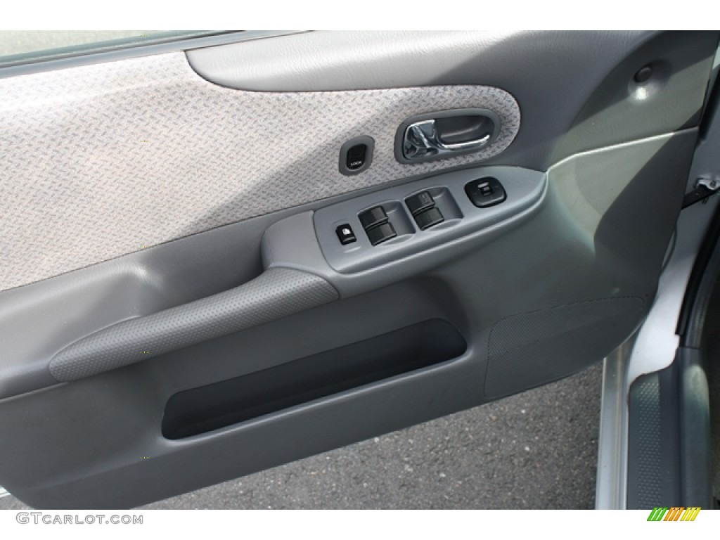 2000 Mazda Protege Dx Door Panel Photos