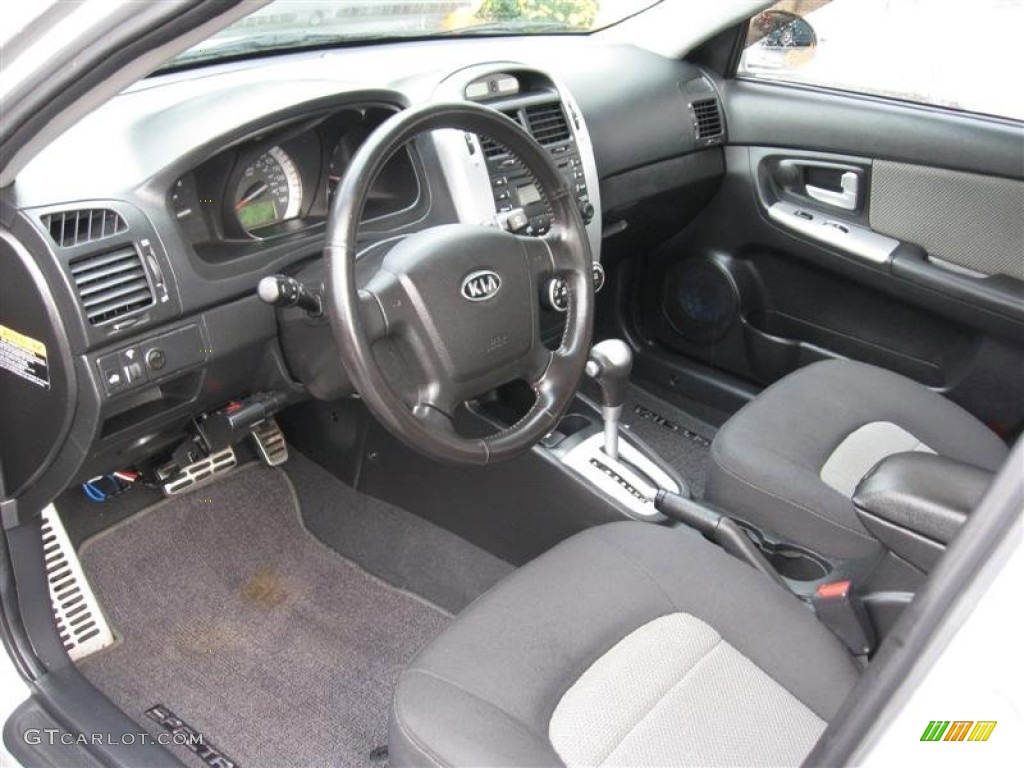 gray interior 2008 kia spectra sx sedan photo 55622972. Black Bedroom Furniture Sets. Home Design Ideas