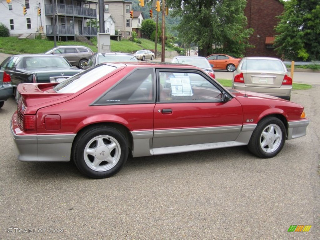 Wild strawberry metallic 1992 ford mustang gt hatchback exterior photo 55673923