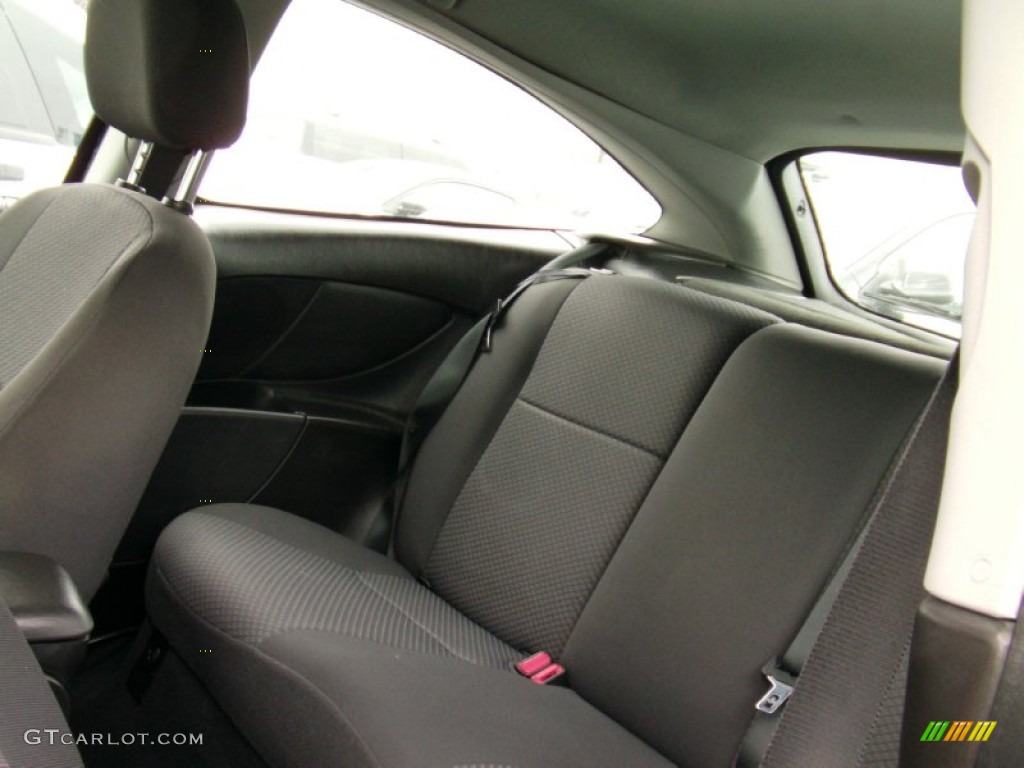 2005 Focus ZX3 SES Coupe - Pitch Black / Charcoal/Charcoal photo #8