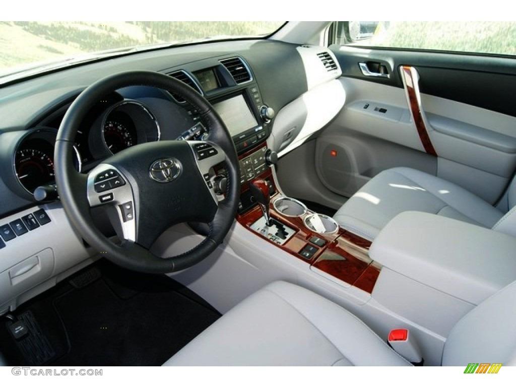 Ash Interior 2012 Toyota Highlander Limited 4wd Photo 55699418