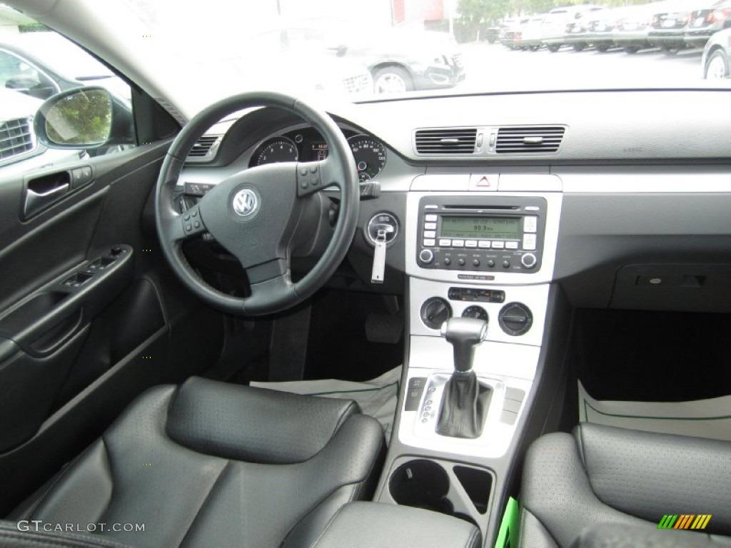 2009 Volkswagen Passat Komfort Wagon Deep Black Dashboard Photo 55836887