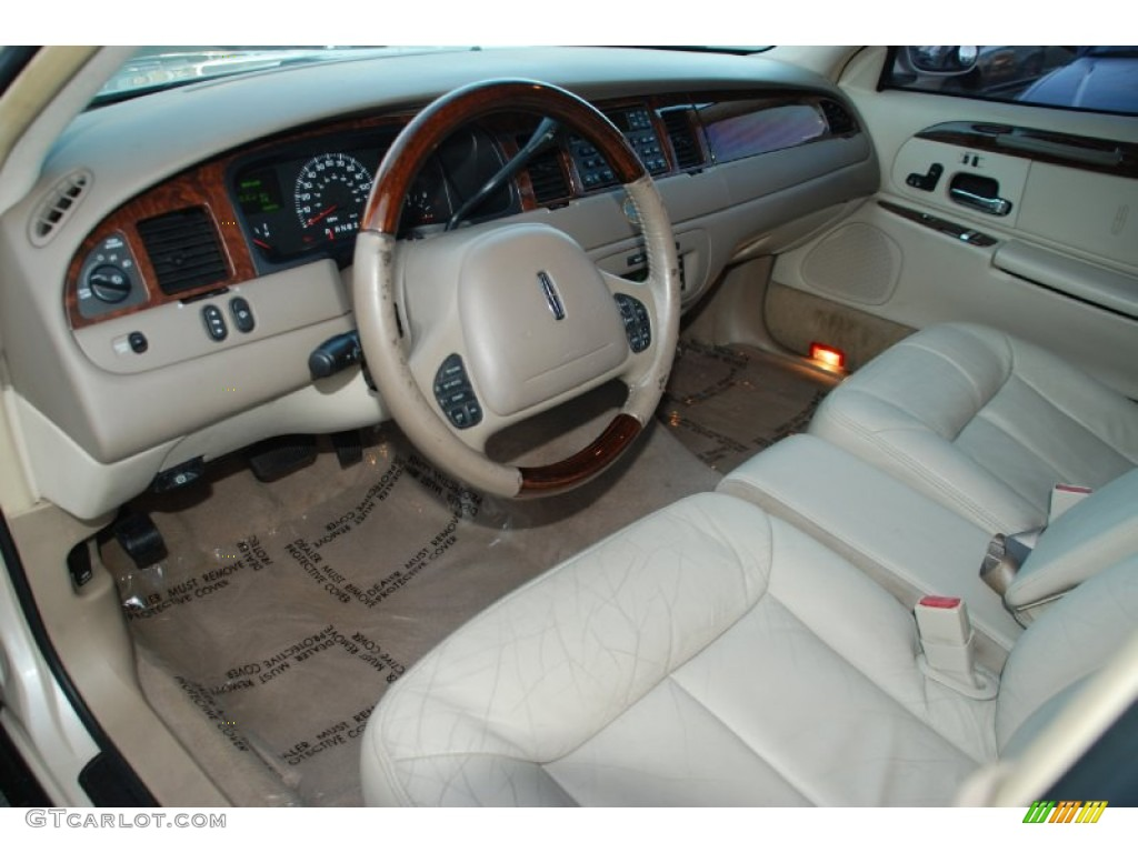 light parchment interior 2001 lincoln town car cartier photo 55885123. Black Bedroom Furniture Sets. Home Design Ideas