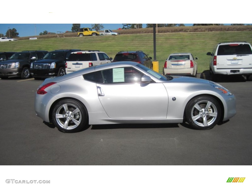 Brilliant Silver 2010 Nissan 370z Coupe Exterior Photo