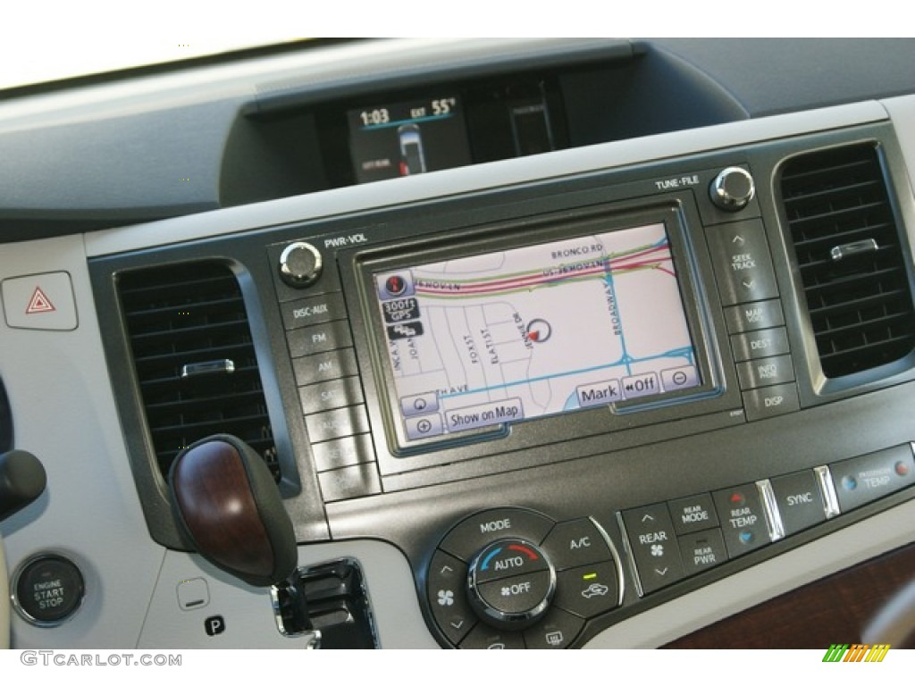 2012 Sienna Limited AWD - Silver Sky Metallic / Light Gray photo #18
