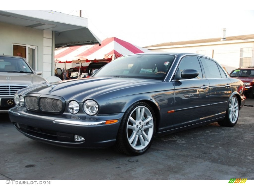 Dark blue grey pearl metallic 2004 jaguar xj xjr exterior for Jaguar xj exterior