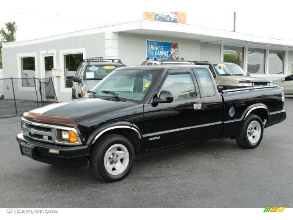 1995 Black Chevrolet S10 Ls Extended Cab 55956765