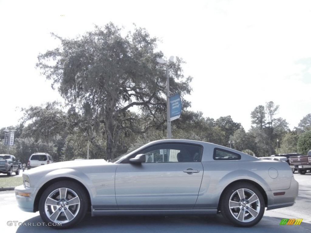 vapor silver metallic 2008 ford mustang gt deluxe coupe exterior photo 55972956. Black Bedroom Furniture Sets. Home Design Ideas