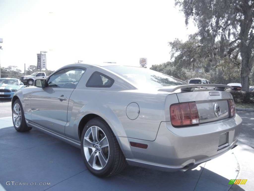 vapor silver metallic 2008 ford mustang gt deluxe coupe exterior photo 55972966. Black Bedroom Furniture Sets. Home Design Ideas