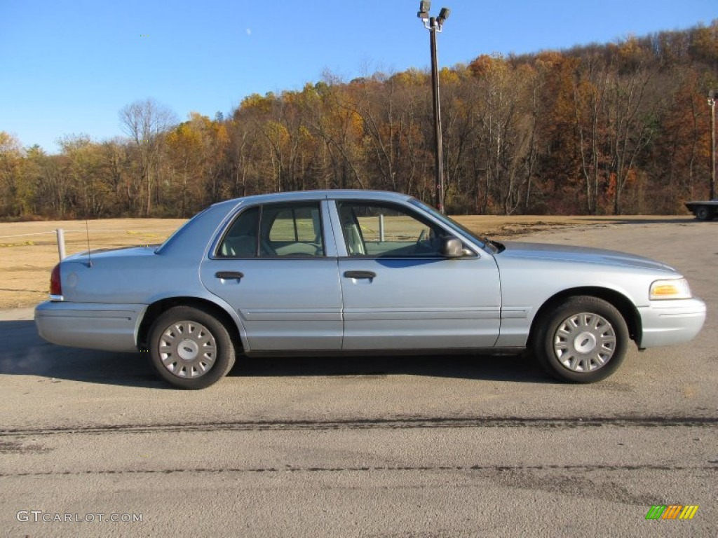 light ice blue metallic 2005 ford crown victoria standard. Black Bedroom Furniture Sets. Home Design Ideas