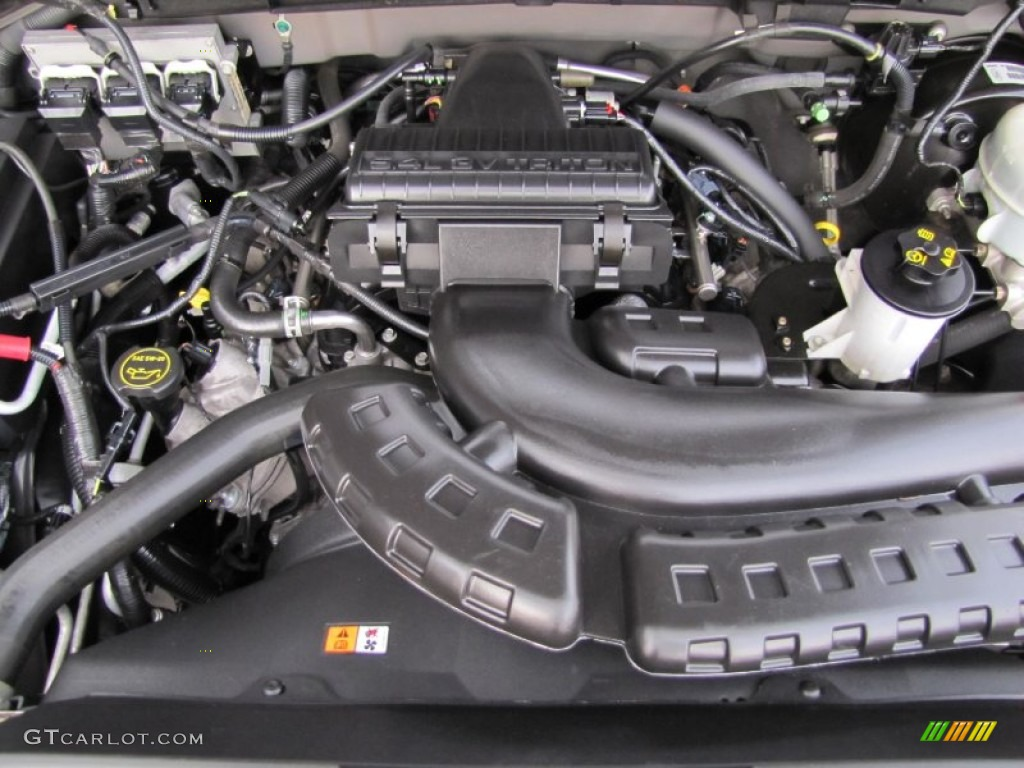 2005 Ford F150 XLT SuperCab 4x4 5.4 Liter SOHC 24-Valve Triton V8 Engine  Photo