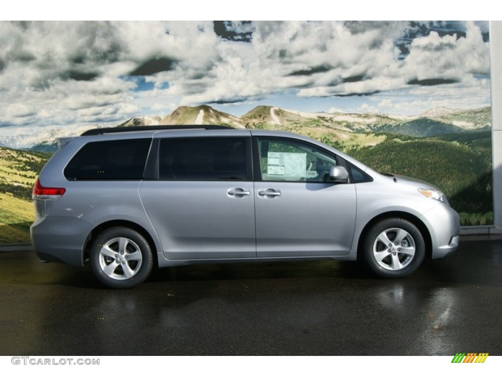 silver sky metallic 2012 toyota sienna le exterior photo. Black Bedroom Furniture Sets. Home Design Ideas