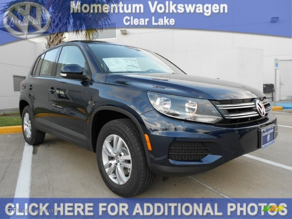 2012 night blue metallic volkswagen tiguan s 56231549. Black Bedroom Furniture Sets. Home Design Ideas