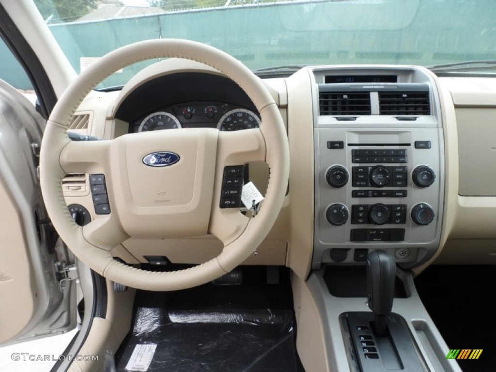 2012 ford escape xlt camel dashboard photo 56272928. Black Bedroom Furniture Sets. Home Design Ideas