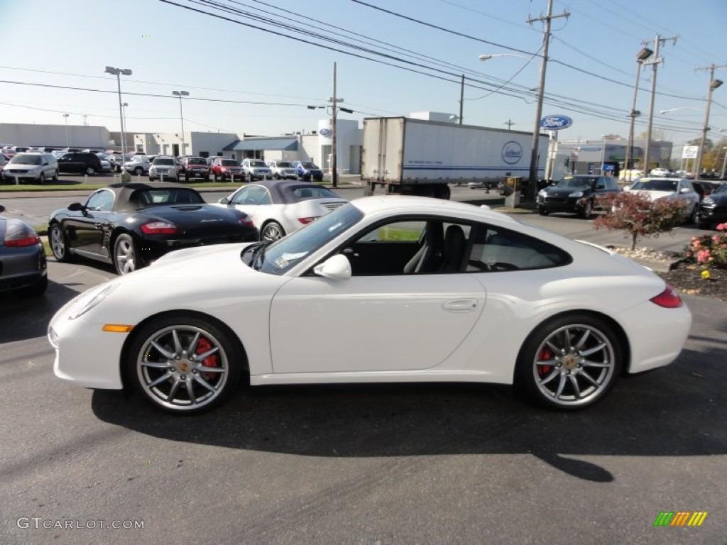 Porsche 911 Carrera 4s White