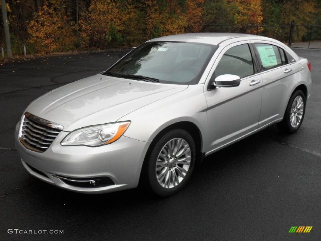 2013 chrysler 200 detailed pricing and specifications. Black Bedroom Furniture Sets. Home Design Ideas
