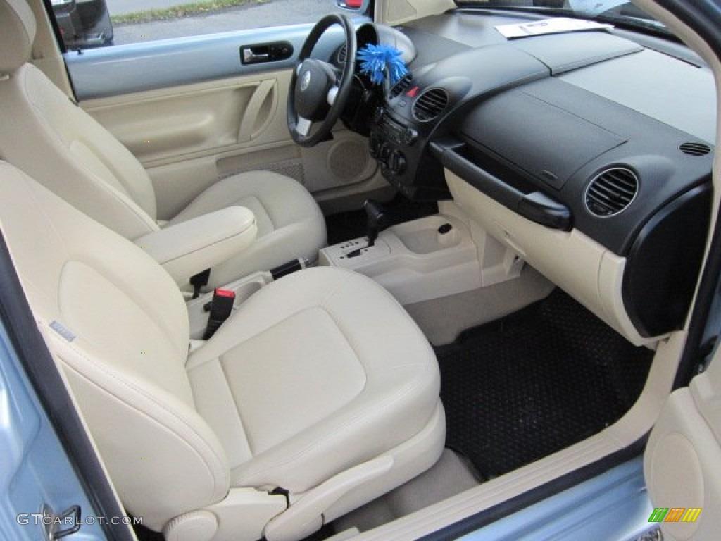 Cream Interior 2010 Volkswagen New Beetle 2.5 Coupe Photo ...