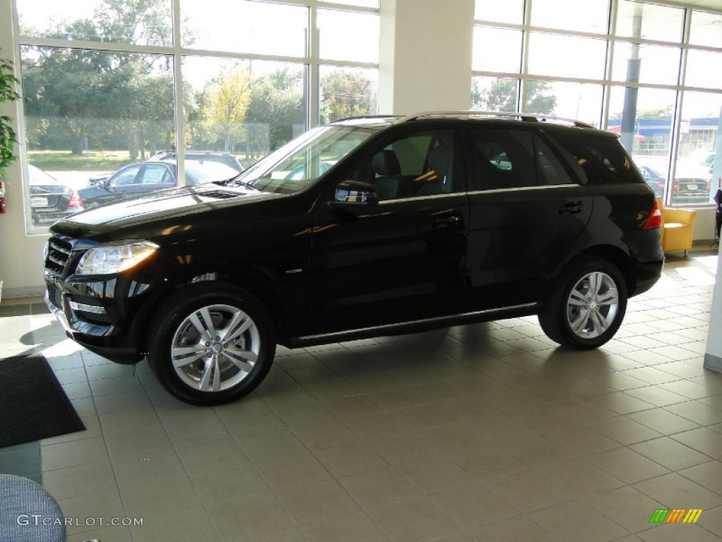 black 2012 mercedes benz ml 350 4matic exterior photo 56495802. Black Bedroom Furniture Sets. Home Design Ideas