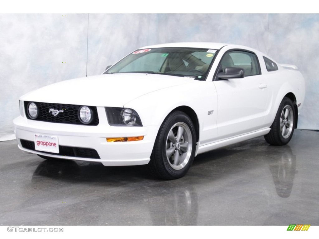 2006 Mustang GT Premium Coupe - Performance White / Light Parchment photo #1